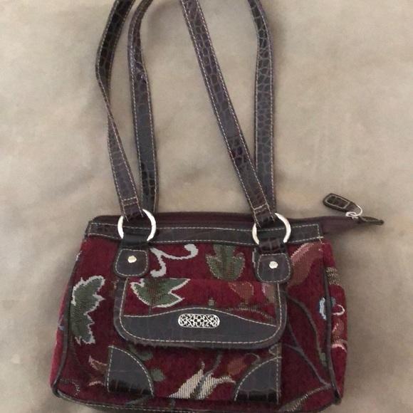 Handbags - NWOT Brocade Vintage Look Small Pocketbook